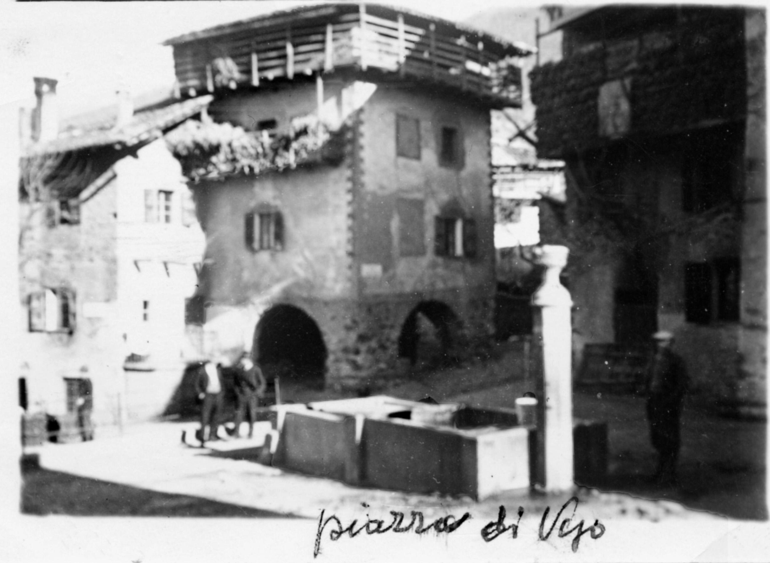 piazza-di-vigo-con-fontana11